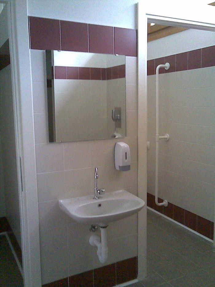 Accessori e mobilio per il tuo bagno su misura idrosantus - Accessori per il bagno ...